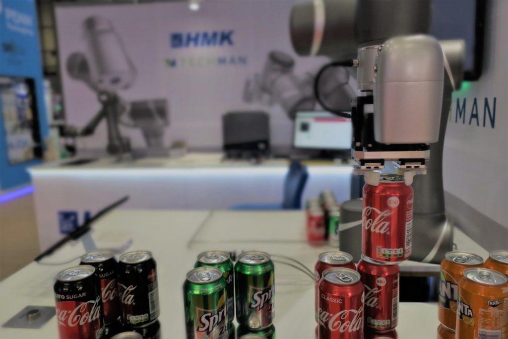 Cobot- On-Manufacturing-1